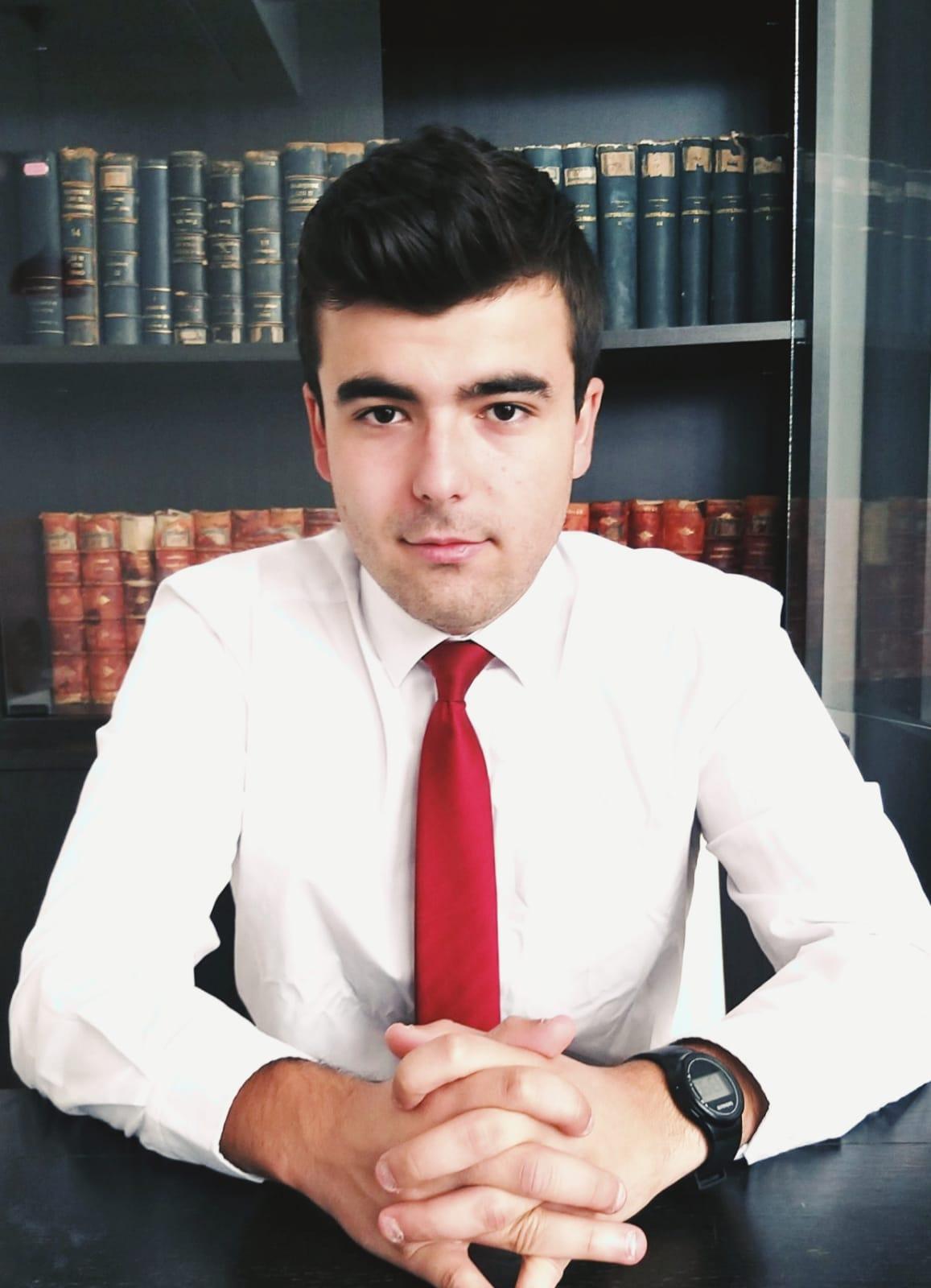 Președinte – Emanuel DRĂGAN (student anul III – Drept)